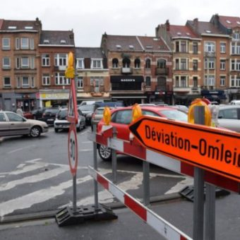 Jette pédale pour un shopping cycliste place du Miroir